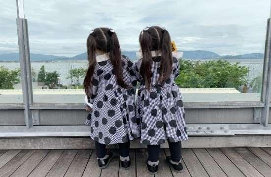 双子の画像